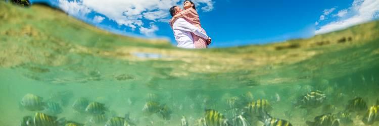 Ensaio Fotografico Casal - Fotos Subaquáticas - Fotógrafo de Casamento em Florianópolis - Fotografia subaquático em Bombinhas Bruno Messina