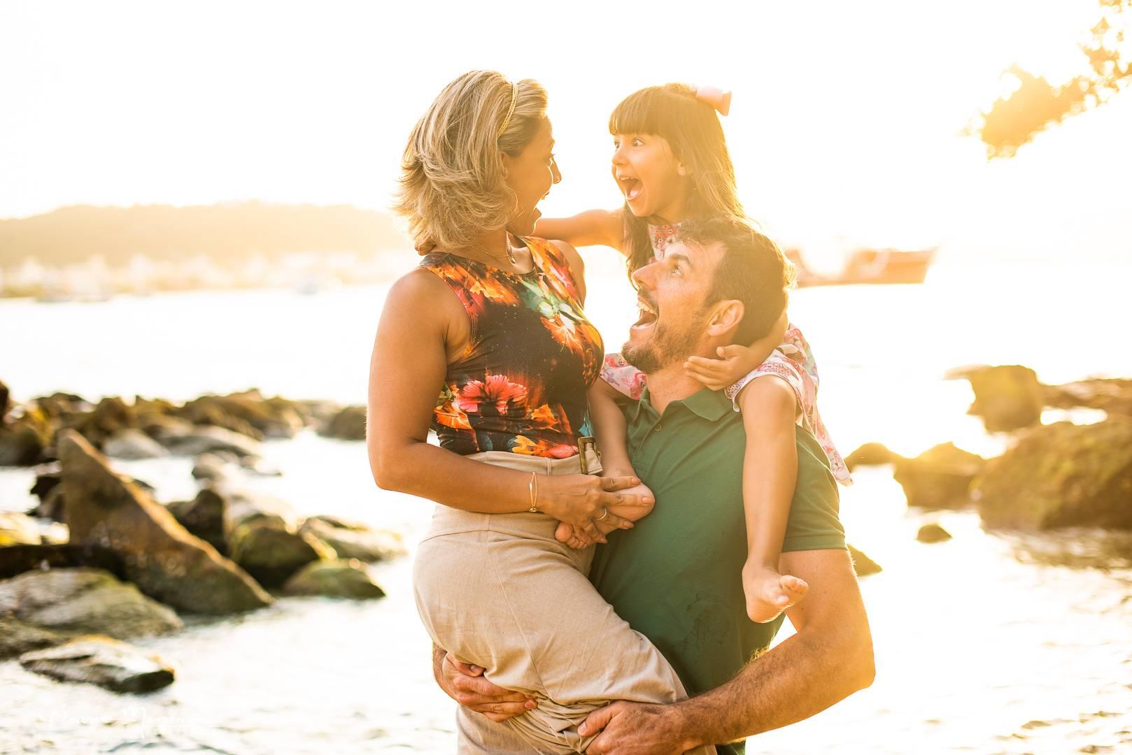 Ensaio familia em bombinhas - fotos de família em Bombinhas - fotógrafo em Bombinhas - Fotografia de familia Bombinhas