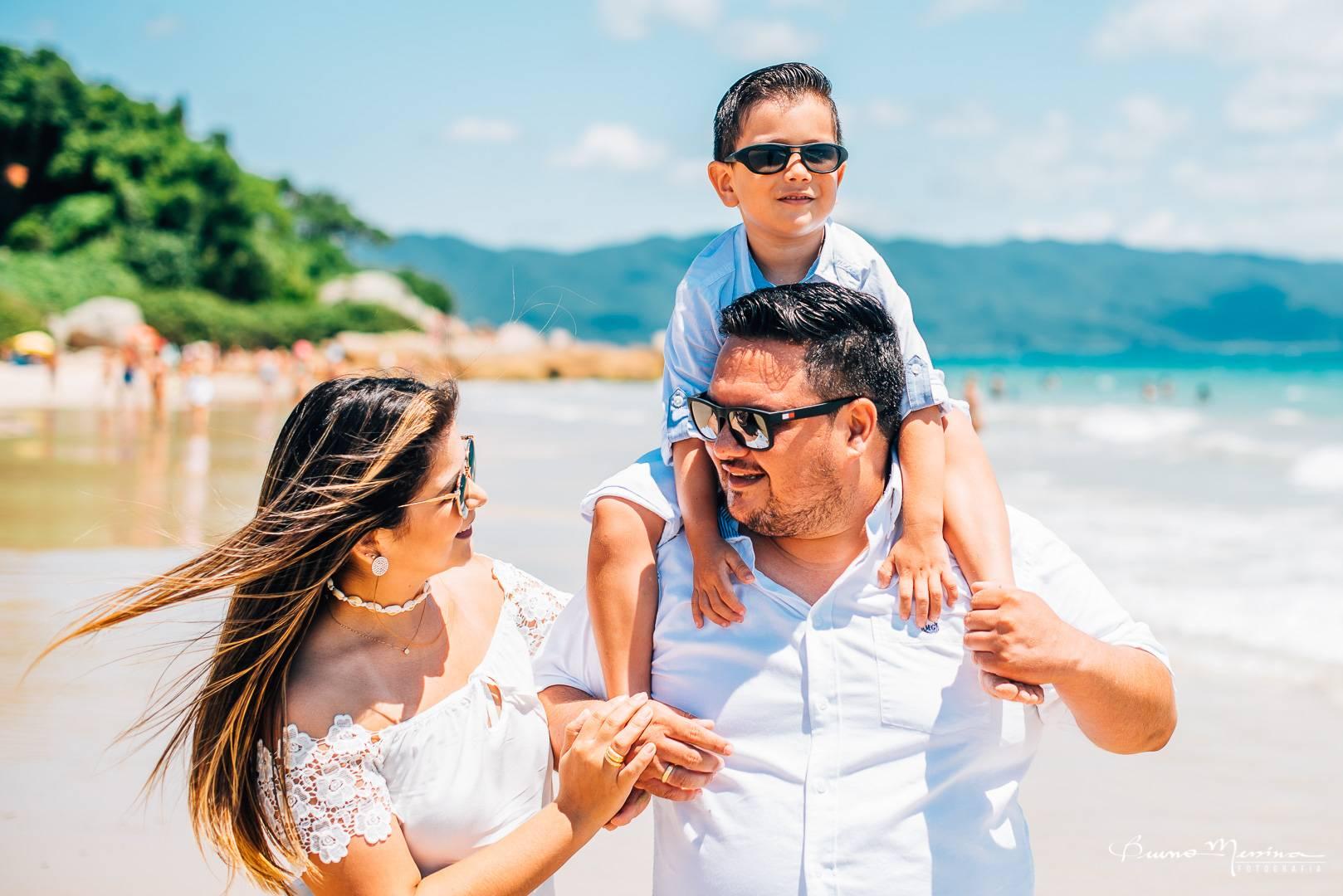 Fotos de Familia Balneario Camboriu - ensaio familia Balneario Camboriu - Fotógrafo de família Balneário Camboriu - fotografia de casamento Balneário Camboriu - Fotos em Balneario Camboriu