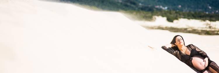 fotos gestante nas Dunas - ensaio de grávida na praia - Fotógrafo de grávida em Floripa - fotografia de Grávida Floripa