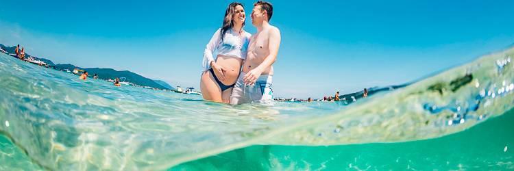 Fotos Gestante na Ilha do Campeche - praia mais bonita do sul do Brasil - fotos subaquáticas na Ilha do Campeche - ensaio fotográfico subaquático na ilha do campeche - Fotógrafo subaquático ilha do campeche